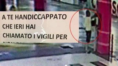 Milano, cartello con insulti al disabile: individuato responsabile