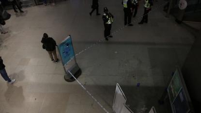 Londra, attacchi con acido: 6 feriti