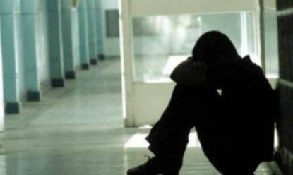 Torino, bullismo contro un compagno di scuola: condannati a otto anni
