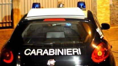 Tragedia nel napoletano: donna uccisa a coltellate dal nipote