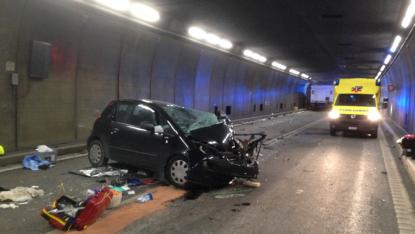Galleria del San Gottardo, drammatico incidente: morti e feriti