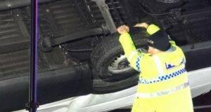 poliziotto camion