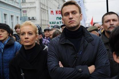 Alexei Navalny sfila in un corteo