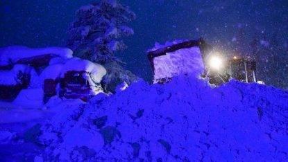 Slavina su un condominio a Sestriere, la neve torna a far paura