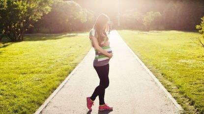 Ragazzina partorisce a 11 anni: il padre è il fratello 14enne