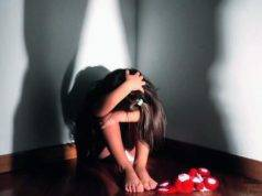 stupro bimba 11 anni