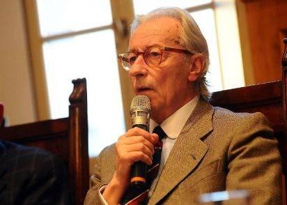 Camilleri ricoverato, Vittorio Feltri: