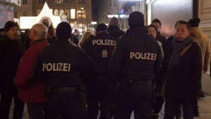 Attacco con coltello a Vienna: feriti
