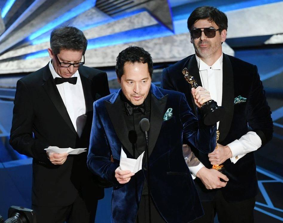 I vincitori dell'Oscar per la Miglior Scenografia, Paul Denham Austerberry, Shane Vieau e Jeffrey A. Melvin