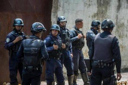 Venezuela rivolta detenuti strage