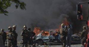 Terrificante doppio attacco kamikaze, bombe anche contro i soccorsi: almeno 70 morti