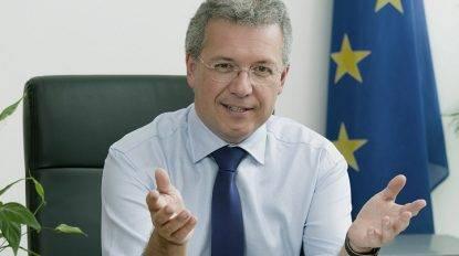 """L'Eurodeputato tedesco: """"La Troika dovrebbe invadere Roma e prendere in mano il Ministero del Tesoro"""""""
