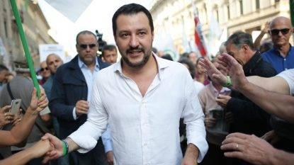 """L'ira di Salvini: """"I nostri ministri non li sceglie la Merkel. No alle minacce dell'Europa, si torni al voto"""""""