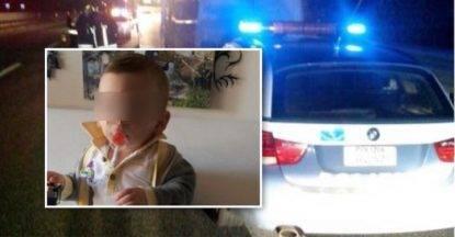 Tornano dal luna park ma si schiantano contro il muro: il piccolo Marco muore a soli 3 anni