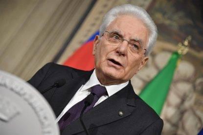 """Mattarella, il M5S valuta l'impeachment per """"tradimento della Costituzione"""""""