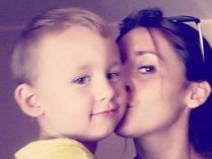 """Morte del piccolo Nicolas, per la madre è """"soffocato con un giocattolo"""". Ma agli inquirenti non tornano i conti"""