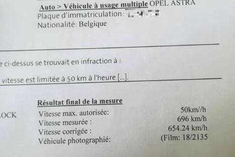 Autovelox, Belgio: sfreccia con l'Opel Astra a 696 km/h. Multato, ma era un errore