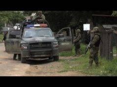 Donne rapite e uccise da una banda di uomini: i corpi ritrovati in una scarpata