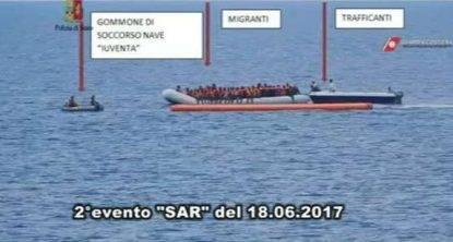 """ONG, le parole del procuratore Zuccaro: """"Fanno parte del sistema che aiuta i trafficanti di uomini"""""""