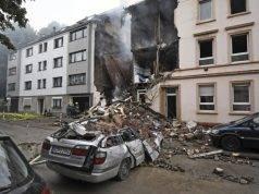Gigantesca esplosione distrugge un palazzo: al momento si contano 25 feriti
