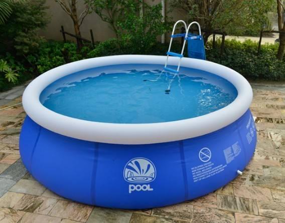 Condominio obbliga residenti a togliere la piscina