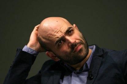 """Rassegna 27.7. Disse """"Ministro della malavita"""" a Salvini, Saviano indagato per diffamazione"""