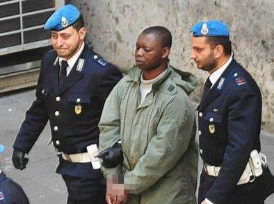 """Kabobo comincia il percorso di recupero. Figlio di una vittima: """"Non lo merita, lo si rimandi in Ghana"""""""