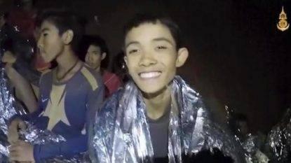 Rassegna 10.7. Thailandia, altri 8 ragazzini estratti vivi. Mancano solo il mister e 4 ragazzi