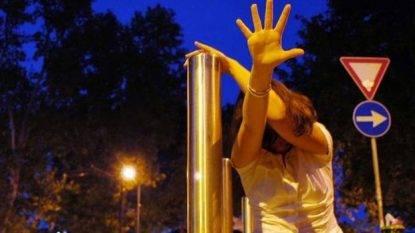 Rassegna 24.3. 20enne stuprata in città a Reggio Emilia: è caccia ad un 30enne straniero