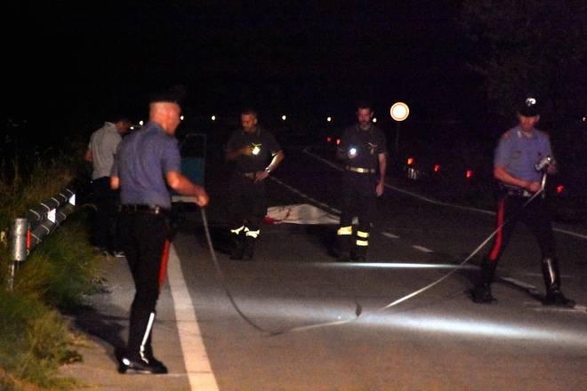 Si sdraia in strada per fare un video: Roberto travolto ed ucciso da uno scooter a 17 anni