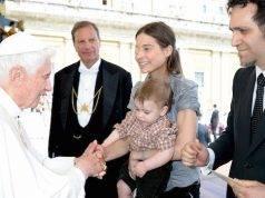 Non curò il cancro per fare nascere il figlio: Chiara Corbella verso la beatificazione