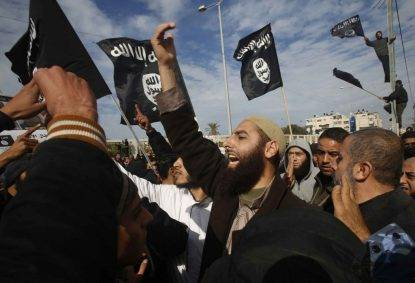 Fermati nove terroristi islamici: si stavano imbarcando dalla Tunisia per l'Italia