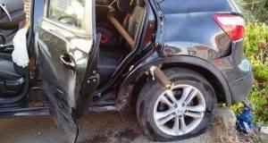 L'auto rimane infilzata da un palo: muore Marco, di 7 anni, era in viaggio coi genitori
