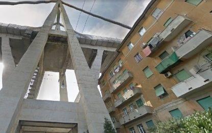 Ponte Morandi, gli sfollati devono continuare a pagare i mutui delle case distrutte