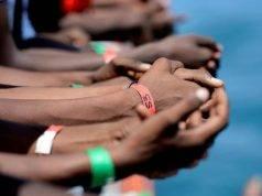 """Aquarius, Francia: """"Italia disumana a chiudere i porti"""" ma dice no alla nave. Ecco dove sbarcherà"""