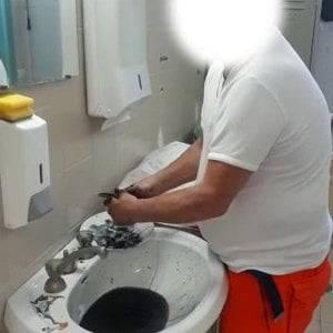 Medico licenziato dall'Ospedale di Praia a Mare