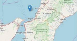 Terrore in Calabria, terremoto magnitudo 4.2. Scossa avvertita anche a Catania, la gente in strada