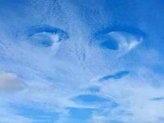 Le nuvole sembrano rappresentare il potere divino