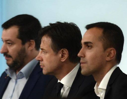 Nessuna crisi di Governo, e Salvini parteciperà alla riunione del consiglio dei ministri con Conte