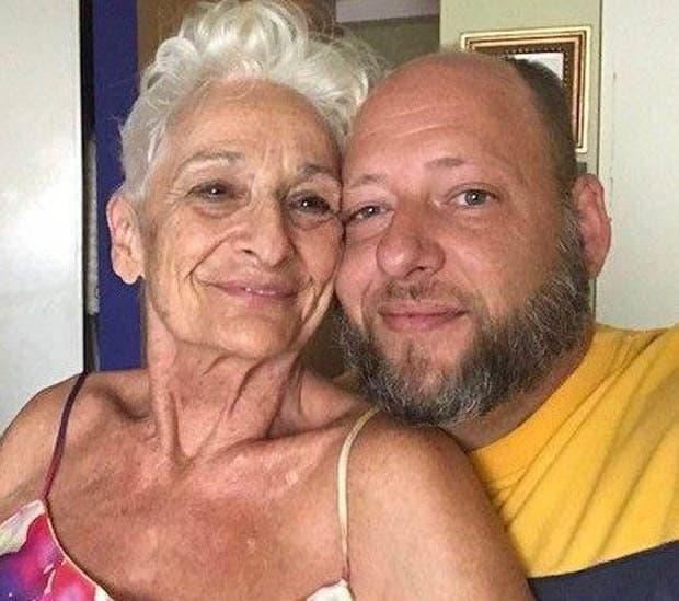 Donna di 82 anni si fidanza con uomo di 39