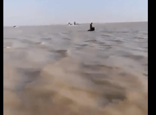 il deserto diventa una mare di fango