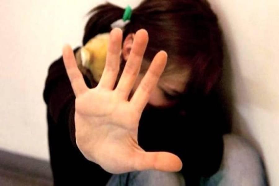 """Francia, Bengalese stupra minore, assolto: """"Non ha i codici culturali per capire che stuprare è sbagliato"""""""