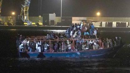 A Pozzallo arrivano 236 migranti: via libera allo sbarco
