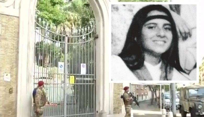 """Ossa trovate in Vaticano, esame del bacino evidenzia """"che sono di una donna"""""""