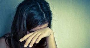 Ragazzina stuprata da cinque uomini mentre è in ospedale