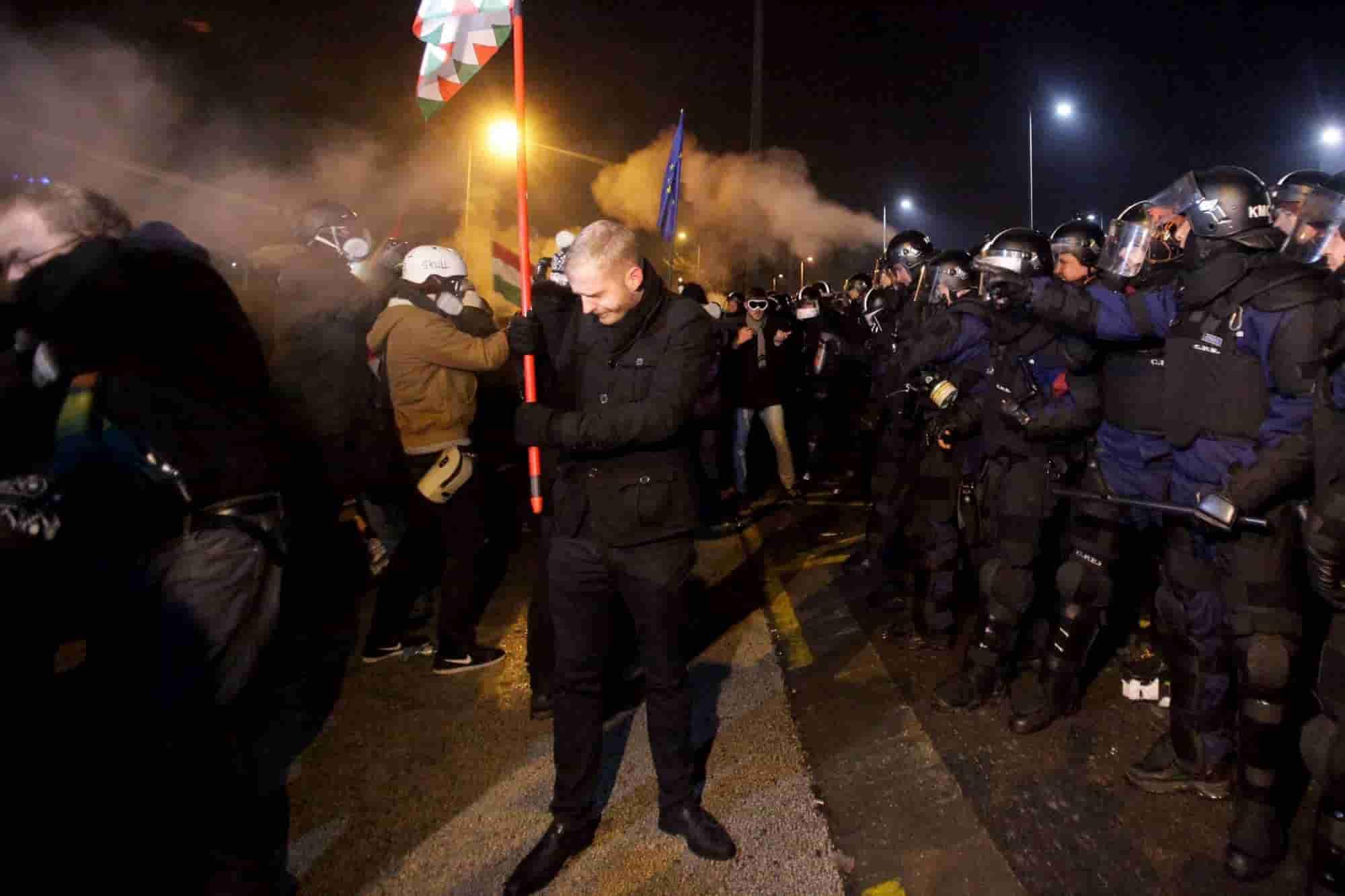 Ungheria, ancora proteste dell'opposizione contro Orban