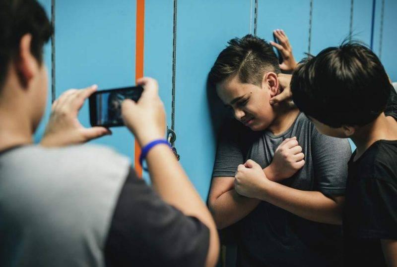 Costantemente bullizzato ed umiliato in classe- 13enne ricoverato in neuropsichiatria