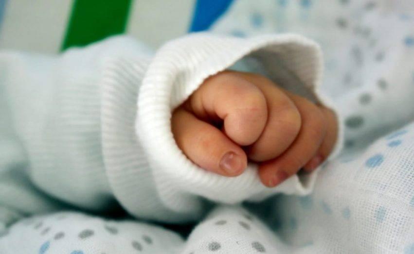 Neonata, immagine generica