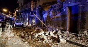 """Etna, la rabbia degli sfollati dopo il terremoto: """"Come mai nessuno ci ha avvertiti?"""""""