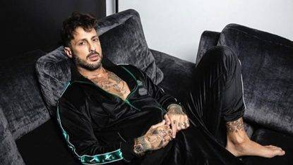 Corona pubblica la foto con Carlos: Belen mette like, Nina Moric commenta